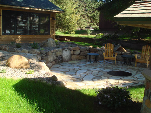 patio-retaining-wall-denver