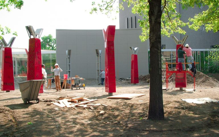 commercial-landscape-denver-art-museum