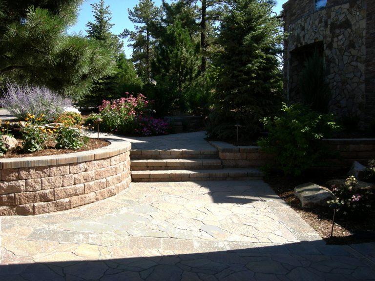 patio-retaining-wall-denver